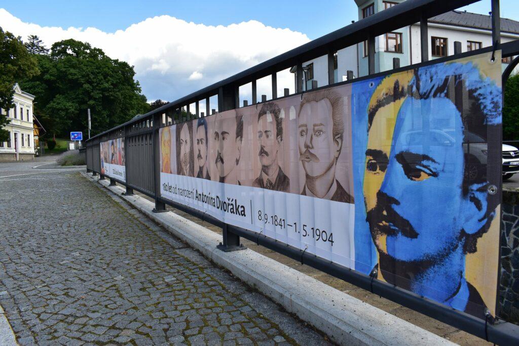 Baner k výročí narození Antonína Dvořáka